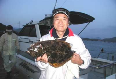 2011年5月8日(日)若狭湾でヒラメの55cmを釣られました