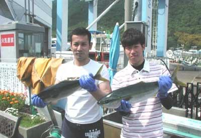 2011年5月15日(日)若狭湾でハマチの60cmを釣られました
