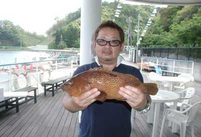 2011年5月21日(土)若狭湾でアコウの40cmを釣られました