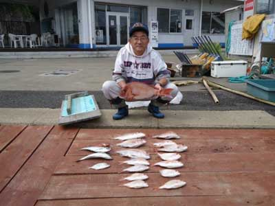 2011年9月25日(日)若狭湾で鯛やレンコを釣られました