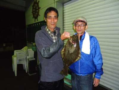 2011年11月5日(土)若狭湾でヒラメの50cmを釣られました