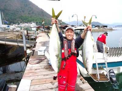 2012年4月10日(金)若狭湾でブリの97cmを釣られました
