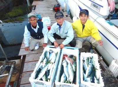 2012年5月13日(日)若狭湾で鯛やハマチを釣られました