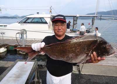 2012年7月14日(土)若狭湾で鯛の75.5cmを釣られました