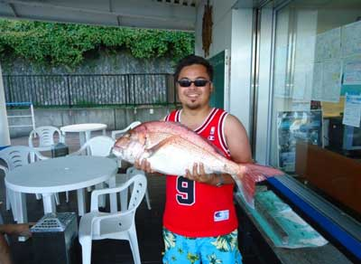 2012年9月16日(日)若狭湾でタイの75.0cmを釣られました