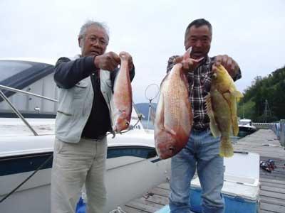 2012年10月14日(日)若狭湾で鯛の63.5cmを釣られました