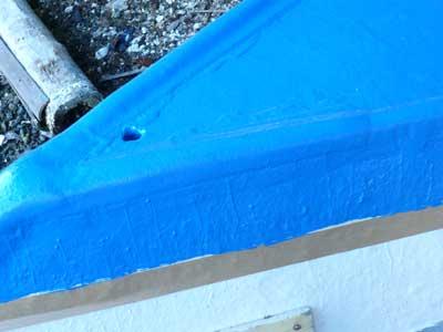 2011年12月4日(日)虫も付着する事無く船底塗料を塗る事が出来ました